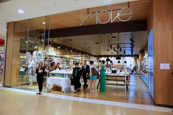 Move store blends fashion with technology