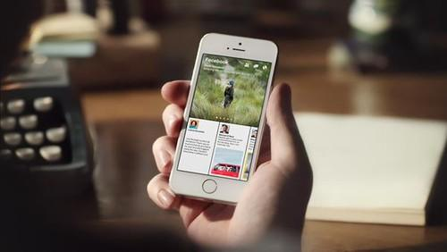 Facebook's new paper app presents stories in themed sections